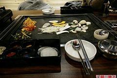九亭站 火筒三韩国石盘烤肉