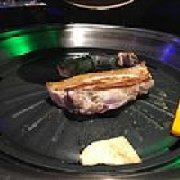 炉子旁.烤肉