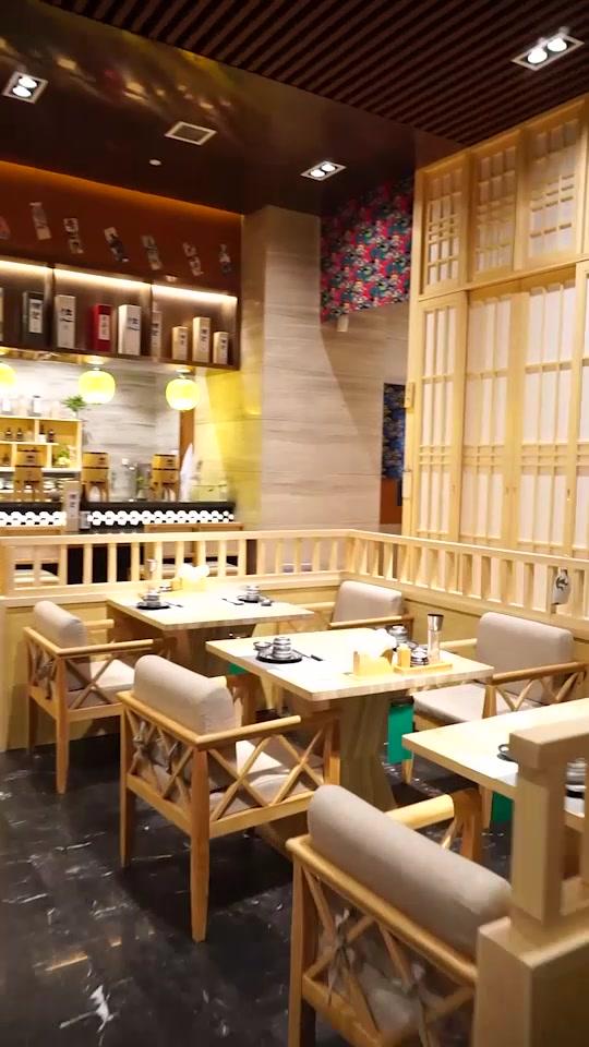 原木色装修将日本浓郁的风味展现的淋漓尽致