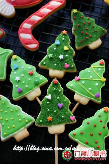 圣诞树杯子蛋糕 制作温馨的圣诞食物