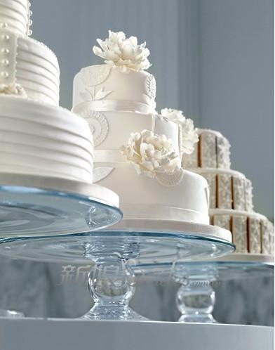 纯白色个性婚礼 简洁大气图片