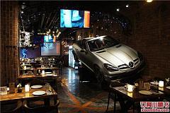 1886汽车主题德国餐厅 外滩十六铺码头店