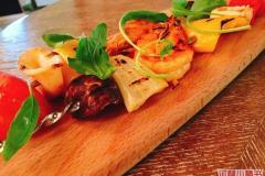 殷高东路站 Sky Restaurant & Lounge
