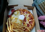 弄堂里披萨