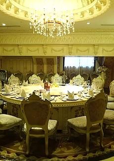 海鲜酒楼华丽欧式大年夜包房