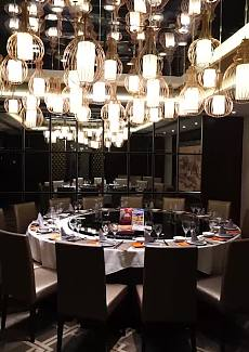 大名鼎鼎的宁波菜饭店,人均150块左右就吃的不错了,在这里请客相对比较实惠也很有面子