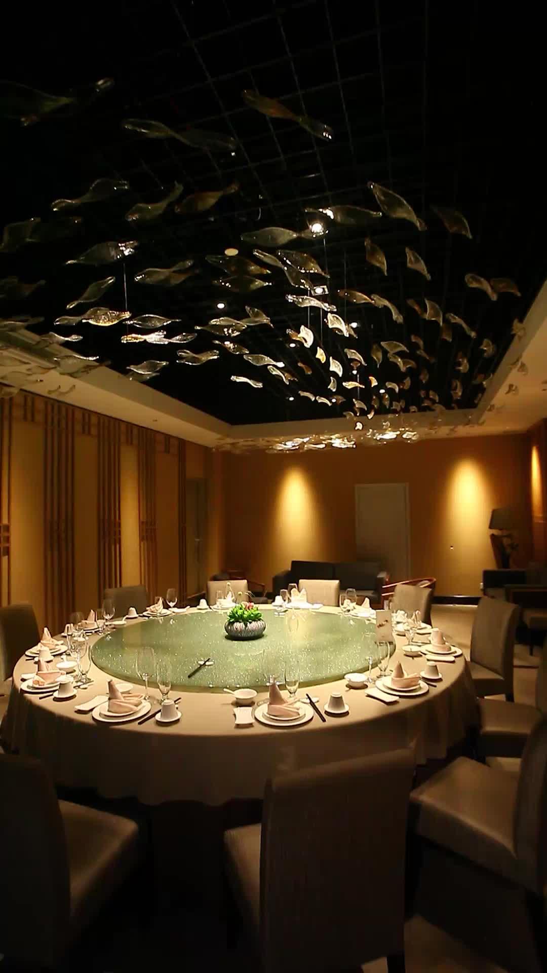 装置艺术在餐厅装修中的完美演绎