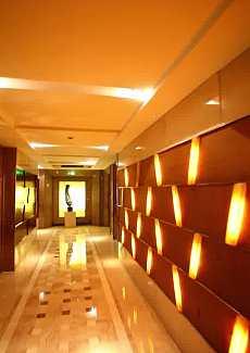 富丽的走廊