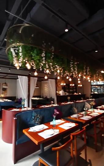 時尚、浪漫的意大利餐廳