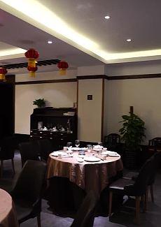 红色中国结很喜庆