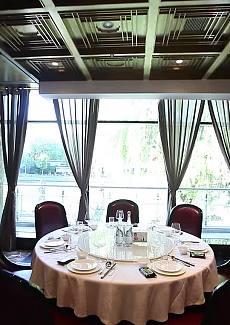 江景餐厅最重要的风景,在这里得到满足
