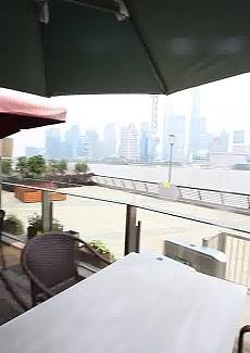 黄浦江畔的露台,美景美食兼而有之。