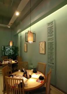 位于七莘路的粤菜火锅餐厅