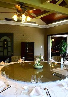 带露台和休息室的大包房,舒适大气,适合高端宴请。