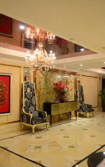 如星级酒店般宽敞豪华的餐厅