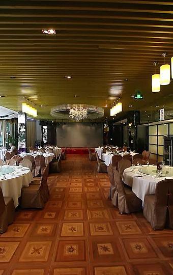 极具现代感的玻璃房宴会厅