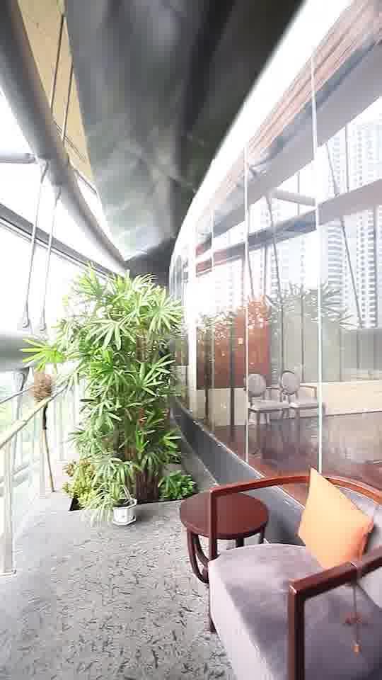 坐落于上海中心,视野超好的奢华包房