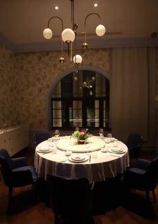 荣获米其林推荐餐厅,包房典雅高贵