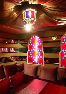 外部装修由外滩十八号MR&MRS BUND的法国设计师倾情打造!