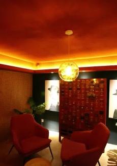 很像是一个艺术空间,而非一个餐厅